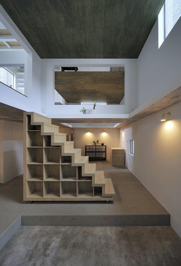 Foto de Casas poco convencionales: viviendo en una estantería gigante (1/14)