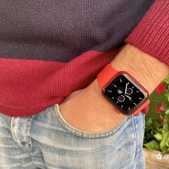 Foto 11 de 26 de la galería apple-watch-series-6-product-red en Applesfera