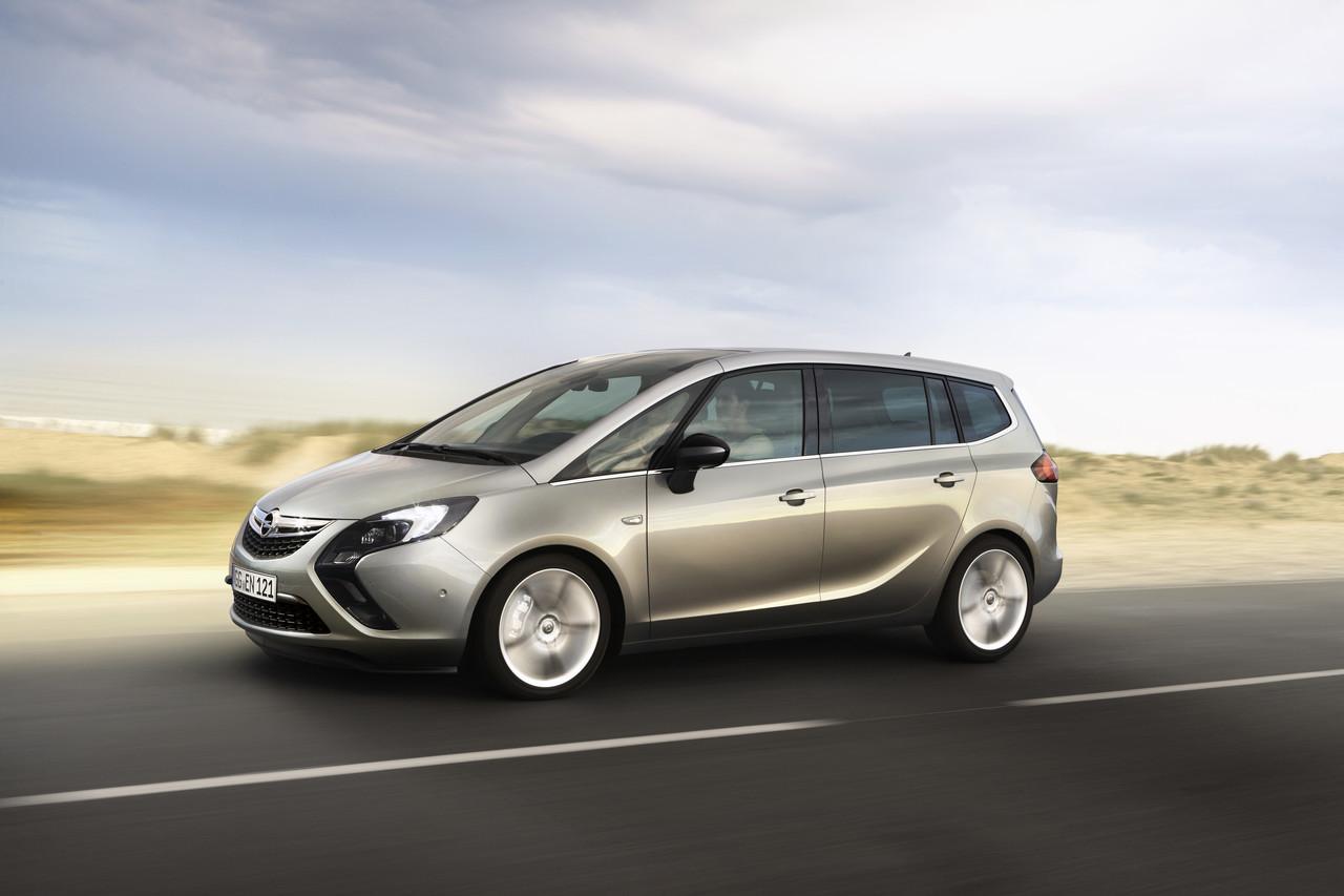 Foto de Opel Zafira Tourer (5/23)