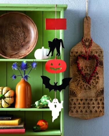 Cómo hacer figuras colgantes para decorar en Halloween paso a paso