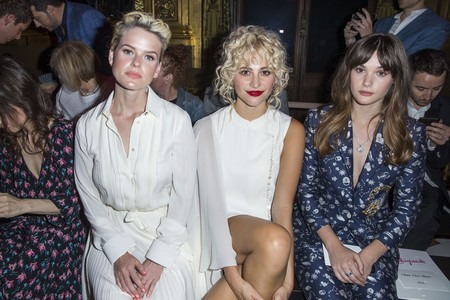 El front row de Alta Costura de Schiaparelli se viste de shocking pink