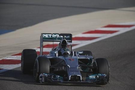 Nico Rosberg acaba con el mejor tiempo los primeros test de Bahréin