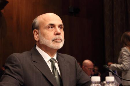 """¿Qué implica que los bancos centrales nos regalen dinero """"desde un helicóptero""""?"""