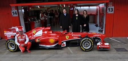 Ferrari presenta a UPS como nuevo patrocinador