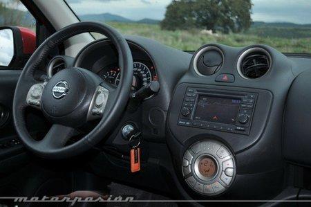 Nissan Micra CVT Tablero de Instrumentos