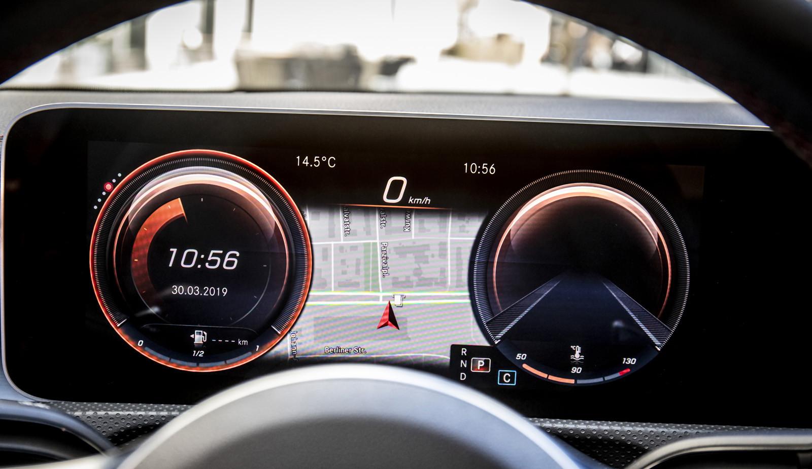 Foto de Mercedes-Benz CLA Coupé 2019, toma de contacto (222/248)
