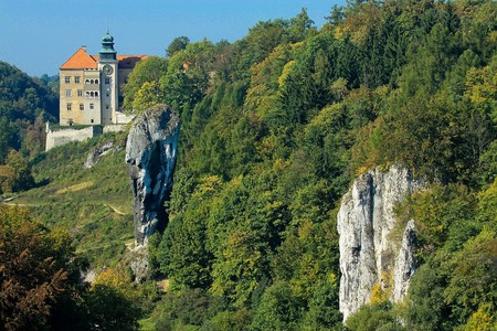 El castillo de Pieskowa Skala, una maravillosa fortaleza en Polonia