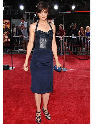 El vestido de Katie Holmes en la première de Tropic Thunder ¡era un diseño suyo!