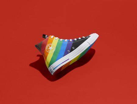 Con Orgullo Y Mucho Color Converse Interviene Sus Iconicos Modelos En Pro De La Comunidad Lgbtqia 2
