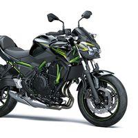 La Kawasaki Z650 sigue siendo la misma moto naked asequible de 68 CV, pero ahora mejor equipada