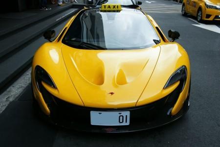 McLaren P1 Taxi 3