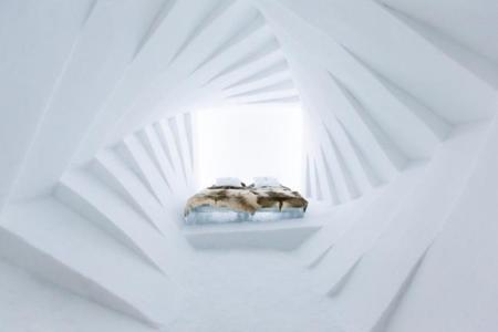 Como cada invierno, es el momento de pasar una noche en las suites artísticas del Ice Hotel en Jukkasjärvi