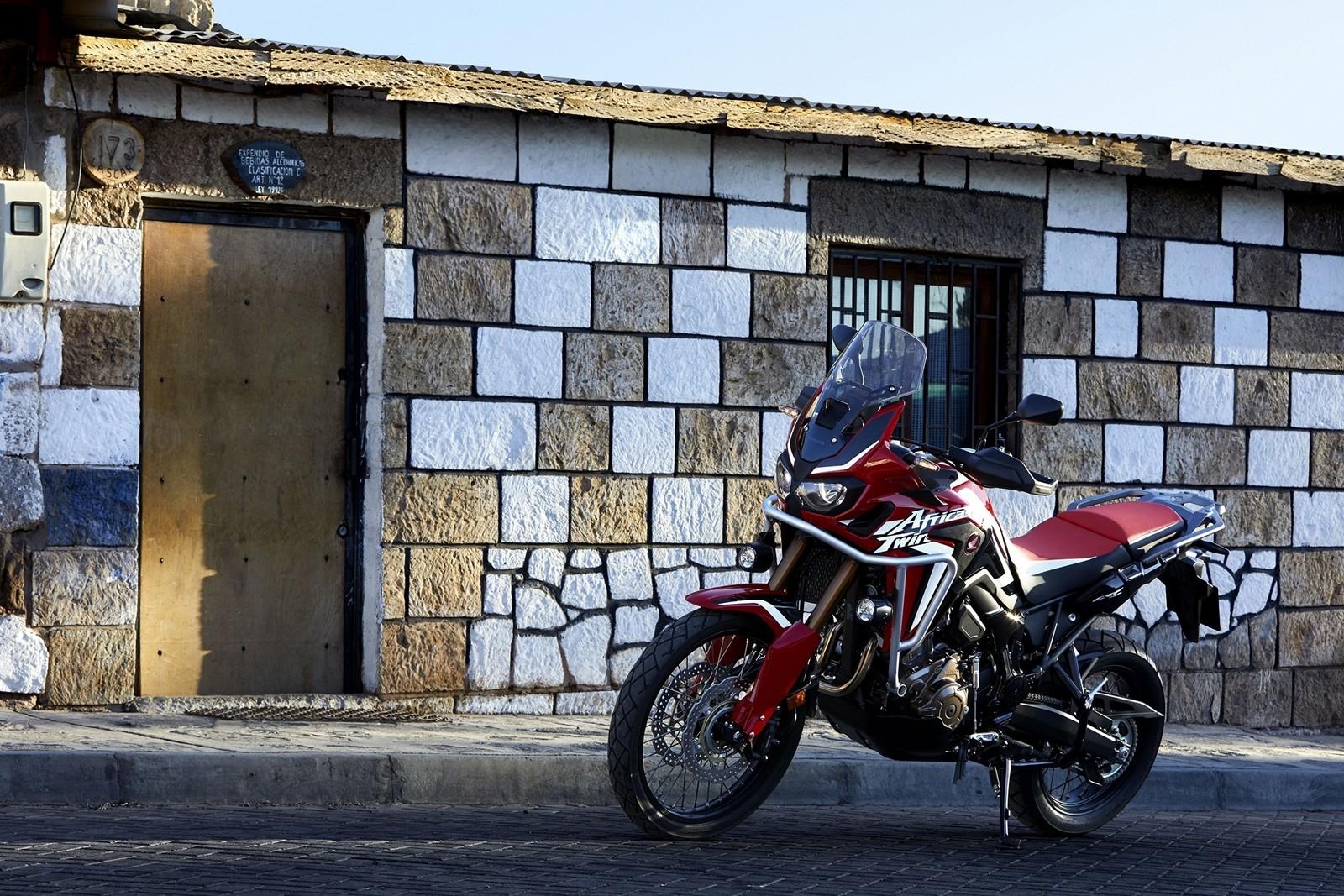 Foto de Honda CRF1000L Africa Twin 2018 (9/55)