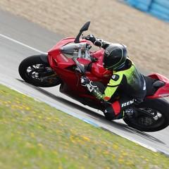 Foto 19 de 33 de la galería bridgestone-battlax-hypersport-s22-2019-prueba en Motorpasion Moto