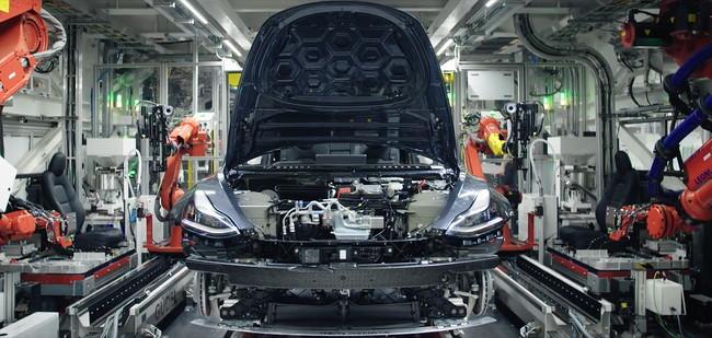 El Tesla Model Y se fabricará en EEUU y China a partir de 2020, y podría tener siete plazas, según documentos filtrados