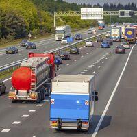Llega la gran operación salida del verano, y estas serán las carreteras con más atascos según la DGT