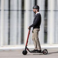 SEAT se pasa a los patinetes eléctricos con el eXS: 25 km de autonomía por 599 euros