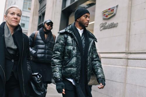Desafía al clima con éstas 18 chaquetas puffer a prueba de frío y lluvia para el otoño