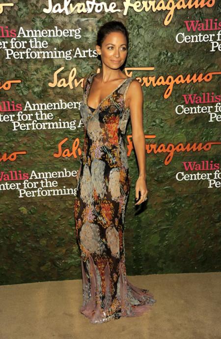Nicole Richie con un vestido de Dolce & Gabbana en la Gala inaugural del Centro de Artes escénicas Willis Anneberg