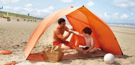 Sombrillas toldos o parasoles la sombra m s chic - Toldos para la playa ...