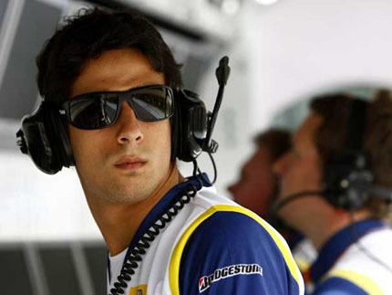Lucas di Grassi firma con Racing Engineering