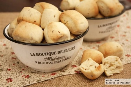 bocaditos de pan con comino