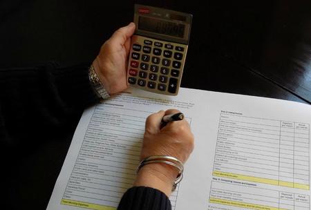 Ocho detalles que no deben faltar en tu presupuesto para no pillarte los dedos