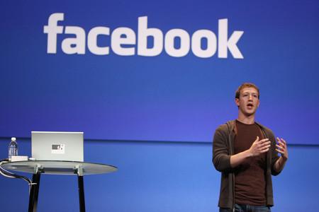 Facebook se estanca, pero Zuckerberg tiene un plan: el porqué de las adquisiciones millonarias de WhatsApp e Instagram