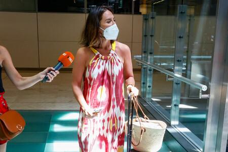 Tamara Falcó luce el vestido perfecto para los días de verano: largo, a todo color y con estampado tie dye