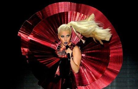 Los Mtv Europe Music Awards 2011, los modelitos más estrambóticos (II)
