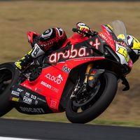 """Álvaro Bautista: """"He ido tan rápido con la Panigale V4 porque se parece mucho a una MotoGP"""""""