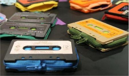 Ideas de negocio low cost: Recicla tus cassettes antiguos (y más) como monederos