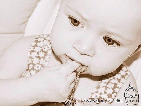 La foto de tu bebé: Júlia y el adorno de Navidad