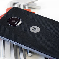 Tu Moto Z podrá conectarse a redes 5G gracias a un Moto Mod, ¿qué posibilidades abre esto?
