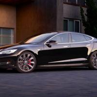 """Tesla actualiza el Model S: P90D ahora 0-100 km/h en 3 segundos gracias al """"modo ridículo"""""""