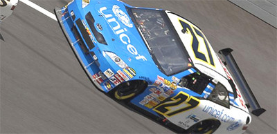Buen debut de Villeneuve en la NASCAR