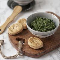Pesto de kale. Receta de dip original