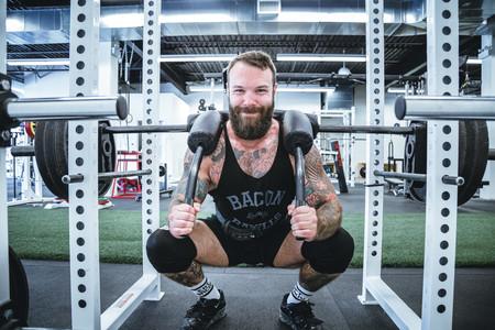 Cinco variantes poco conocidas de las sentadillas que puedes sumar a tu entrenamiento