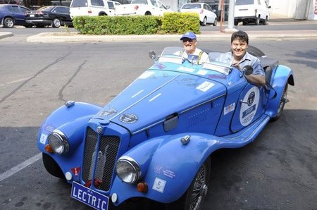 6.000 kilómetros en un MG de 1956...eléctrico