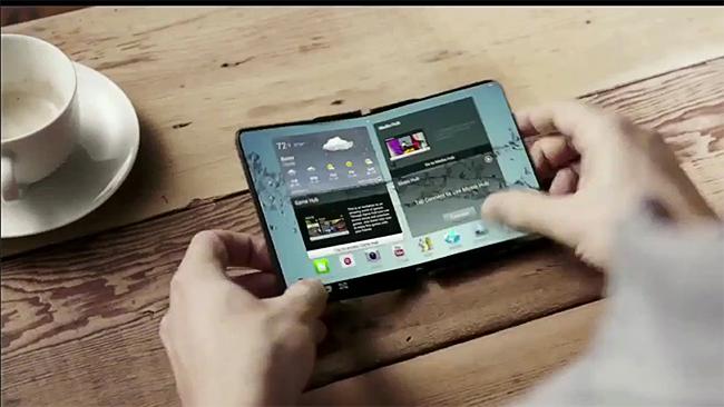 El teléfono Samsung que se dobla por la mitad será una realidad a finales de 2015