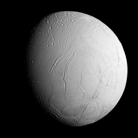 ¿Puede haber vida en las lunas de Saturno?