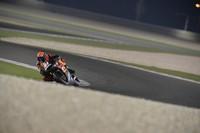 Aleix Espargaró acaba como el más rápido en Catar. Pol Espargaró se fractura la clavícula