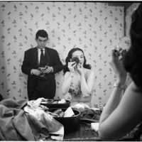 Autorretratos frente al espejo: así son los selfis de algunos maestros de la fotografía