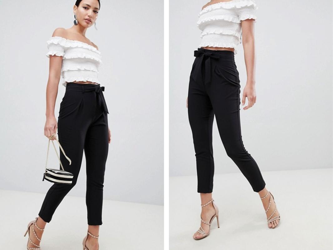 Pantalones negros con lazada delantera de Lipsy