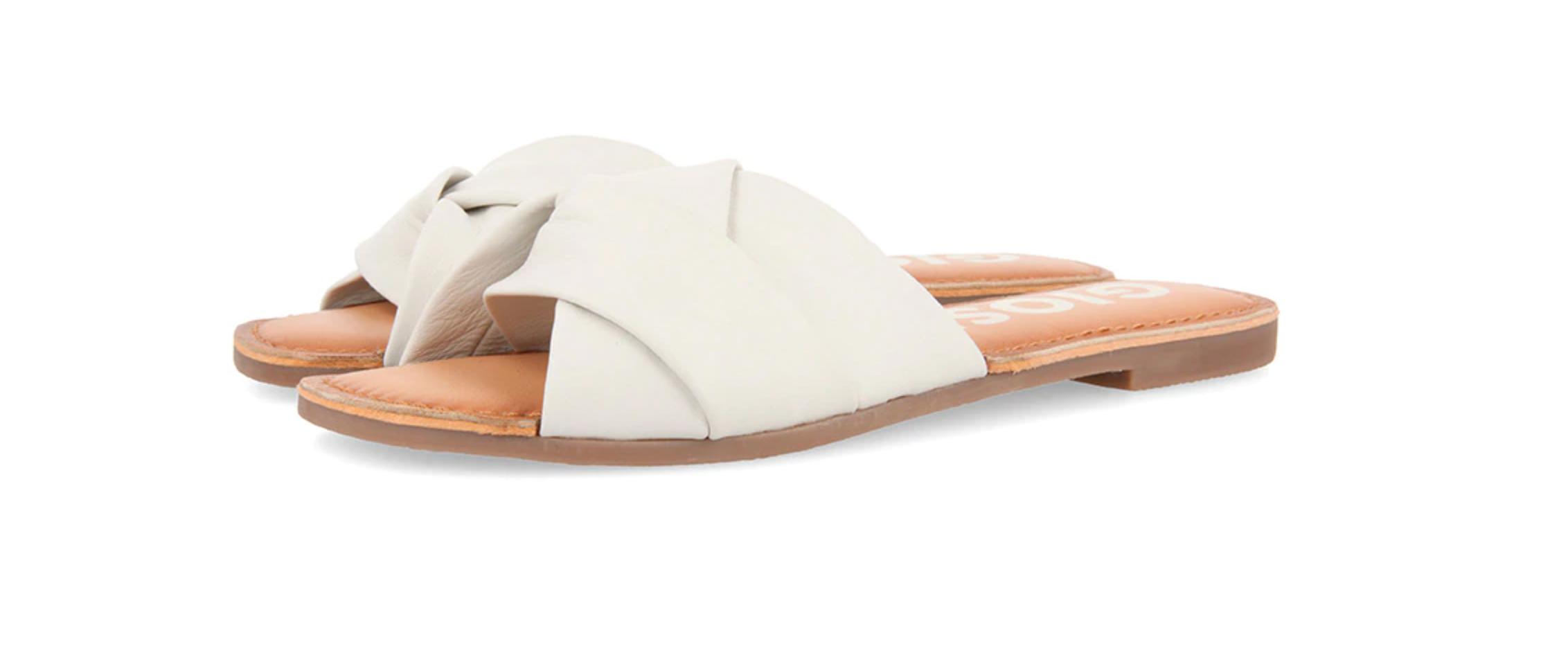 Sandalias pala blancas