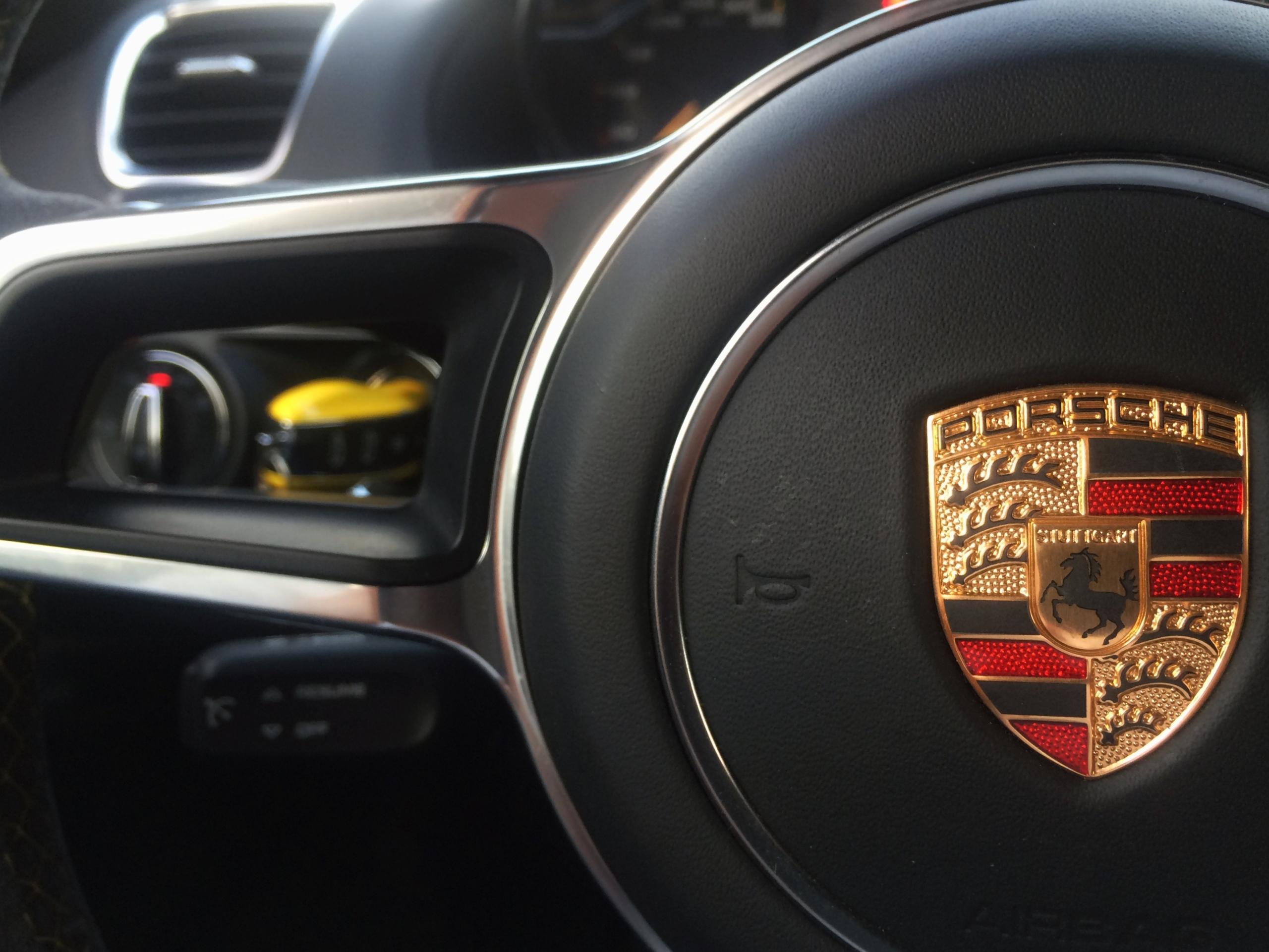 Foto de Porsche Cayman GT4 (3/19)