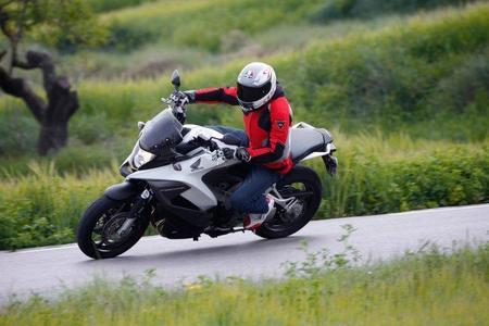 Honda Crossrunner en acción 8