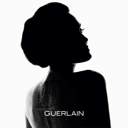 ¡Gran noticia! Angelina Jolie se convierte en el  nuevo rostro de Guerlain