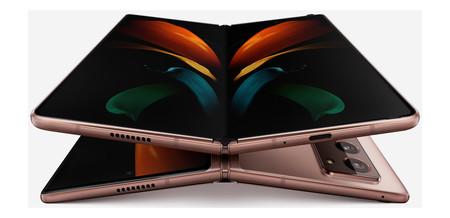 Galaxy Z Fold 2 02