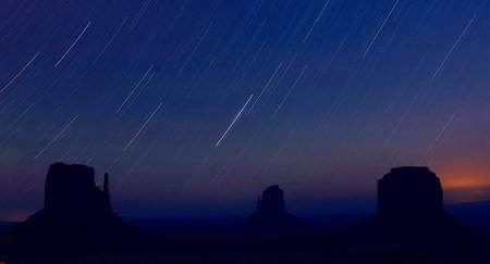 El próximo viernes podrás observar tres eventos astronómicos: un eclipse lunar, un cometa y la Luna de Nieve
